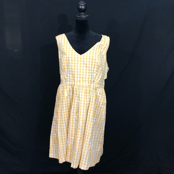 Modcloth Dresses & Skirts - Yellow gingham ModCloth dress
